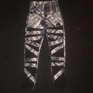 Lululemon 7/8 legging size 4